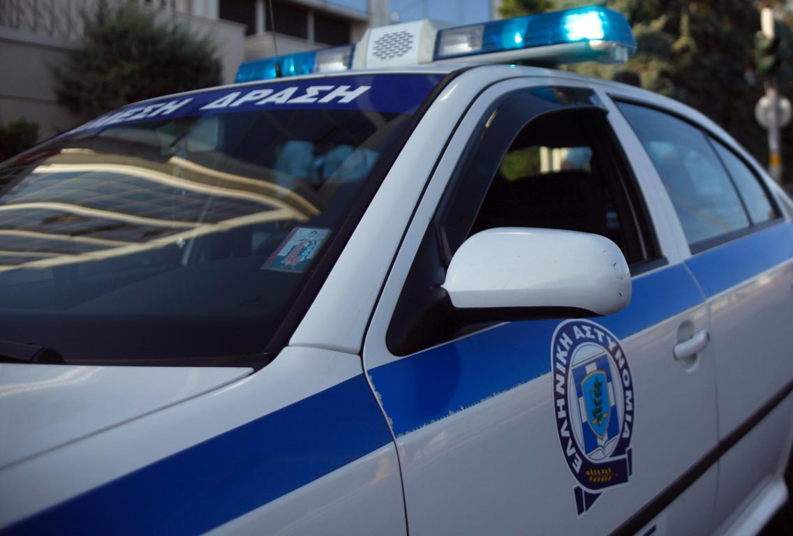 Θεσσαλονίκη: Χειροπέδες σε 90χρονη που πουλούσε παντόφλες στη λαϊκή