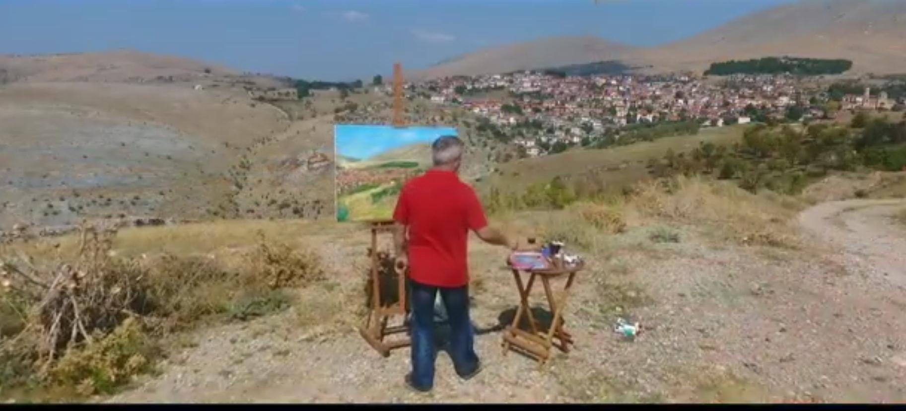 Ο Κώστας Ντιός ζωγραφίζει τη Σιάτιστα από ψηλά. Βίντεο..